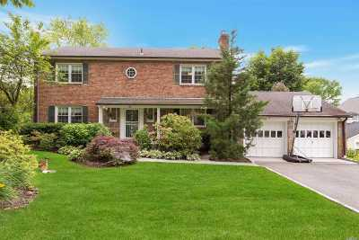 Manhasset NY Single Family Home For Sale: $1,585,000
