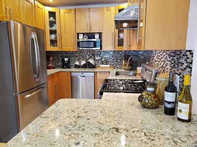 Maspeth Single Family Home For Sale: 53-64 62nd St