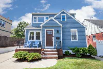 Franklin Square Single Family Home For Sale: 1011 Rosegold St