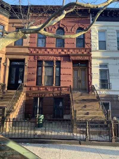 Brooklyn Multi Family Home For Sale: 554 Putnam Ave