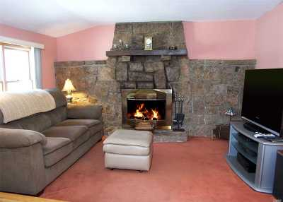E. Northport Single Family Home For Sale: 9 Meadow Haven Ln