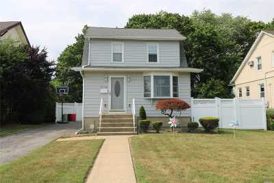 Bellmore Single Family Home For Sale: 2769 Marion St