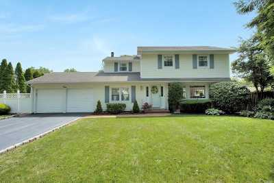 Greenlawn Single Family Home For Sale: 4 Stone Ct