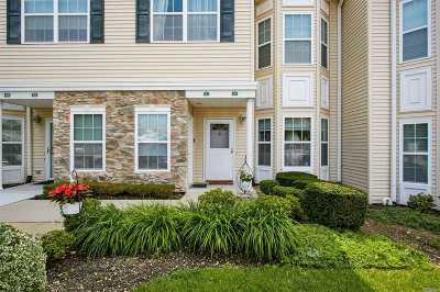 East Meadow Condo/Townhouse For Sale: 322 Spring Dr