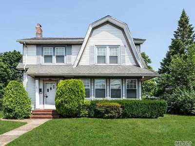 Mineola Single Family Home For Sale: 184 Banbury Rd