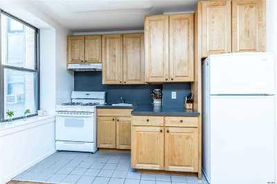 Long Beach NY Condo/Townhouse For Sale: $325,000