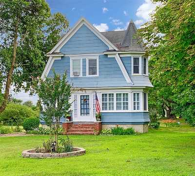 Peconic Single Family Home For Sale: 1985 Peconic Ln