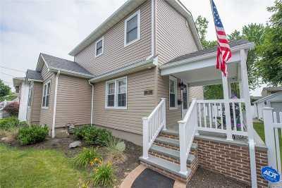 Lindenhurst Single Family Home For Sale: 241 41st St