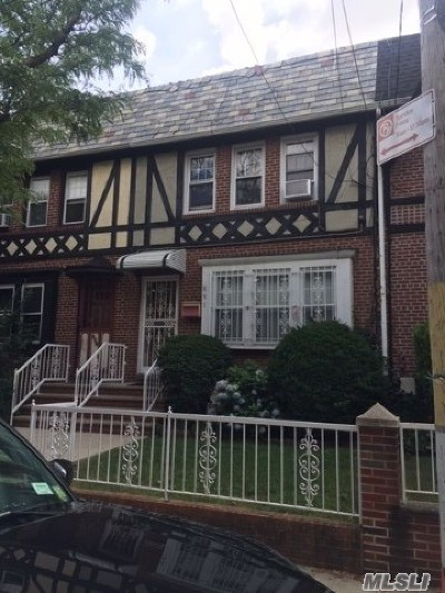 Brooklyn Single Family Home For Sale: 891 E 40th St