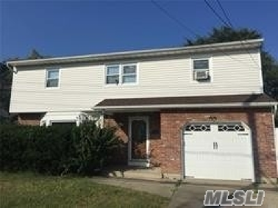 Oceanside Single Family Home For Sale: 3295 Skillman Ave