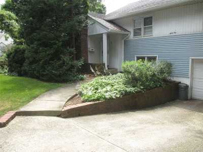 Great Neck Single Family Home For Sale: 64 Hampshire Rd
