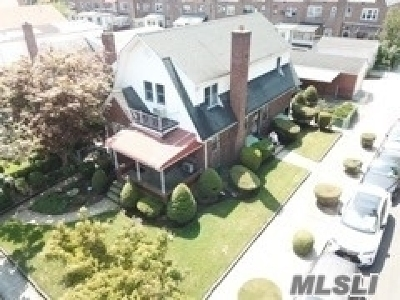 Flushing Multi Family Home For Sale: 148-02 59th Avenue