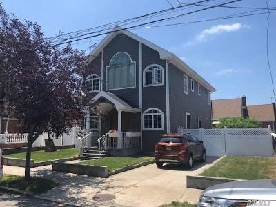 Far Rockaway Single Family Home For Sale: 10-11 Bay 24 St