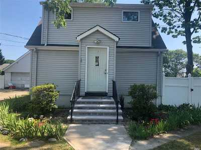 Copiague Single Family Home For Sale: 20 Copiague Ave