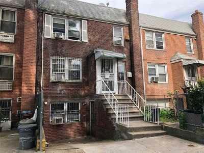 Flushing Multi Family Home For Sale: 4205 Saull St