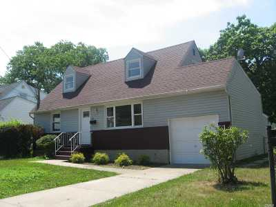 Rockville Centre Single Family Home For Sale: 515 Lafayette Ave