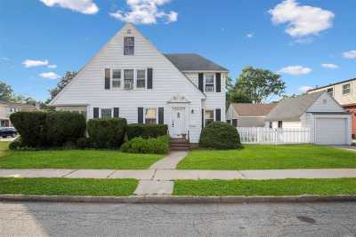 Floral Park Single Family Home For Sale: 271 Tulip Ave