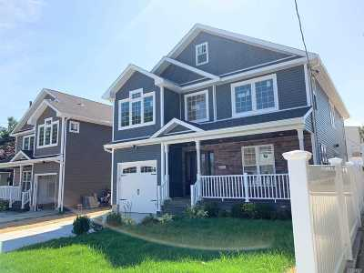 Elmont NY Single Family Home For Sale: $748,000