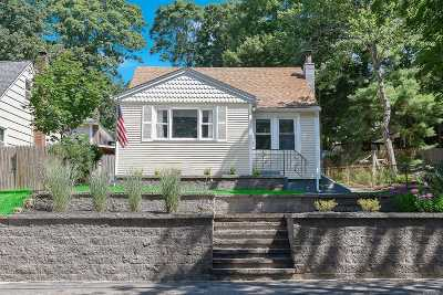 Sound Beach Single Family Home For Sale: 179 New York Ave
