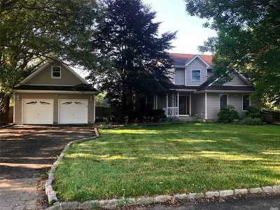 Baiting Hollow Single Family Home For Sale: 5 Village Grn
