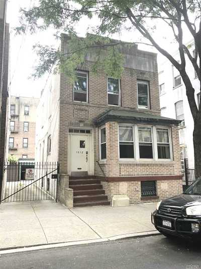 Ridgewood Single Family Home For Sale: 1812 Norman St