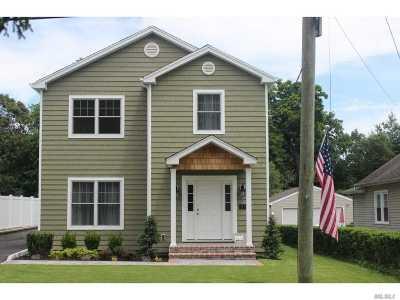 Nassau County Single Family Home For Sale: 59 Floyd Pl