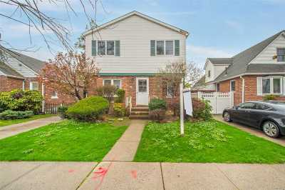 Flushing Single Family Home For Sale: 171-28 Pidgeon Meadow Rd