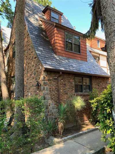 Flushing Multi Family Home For Sale: 3301 S 164th St