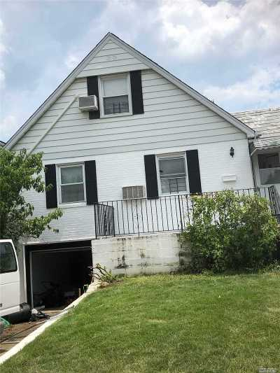 Fresh Meadows Single Family Home For Sale: 69-45 182nd St