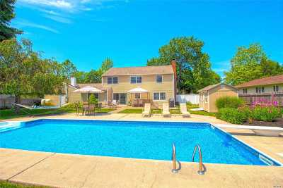 Stony Brook Single Family Home For Sale: 12 Millbrook Dr