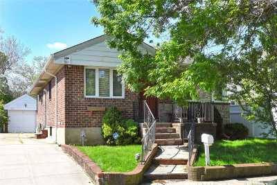Fresh Meadows Single Family Home For Sale: 171-14 68th Ave