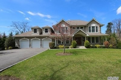 Roslyn Harbor Single Family Home For Sale: 1a Osborne Ln