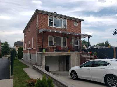 Flushing Multi Family Home For Sale: 3611 172nd St