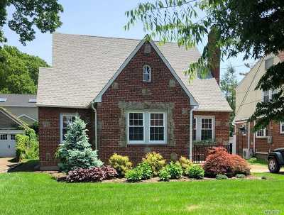 Oceanside Single Family Home For Sale: 2277 Alexander Pl