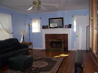 E. Northport Single Family Home For Sale: 401 4th Ave