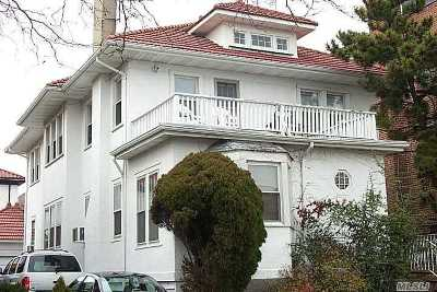 Long Beach Multi Family Home For Sale: 307 National Blvd
