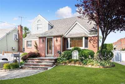 Hewlett NY Single Family Home For Sale: $698,000