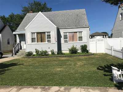 Nassau County Single Family Home For Sale: 256 Roosevelt Ave