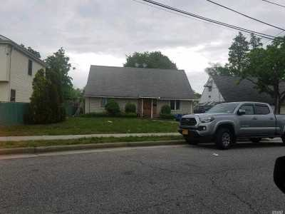 Nassau County Single Family Home For Sale: 64 Myrtle Ave