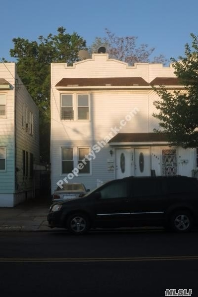 Brooklyn Multi Family Home For Sale: 1406 E 98th St