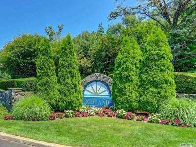 Port Jefferson Condo/Townhouse For Sale: 102 Leeward Ln