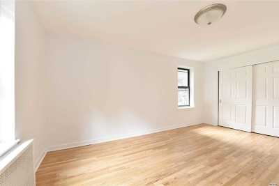 Jackson Heights Condo/Townhouse For Sale: 37-50 87th St #3A