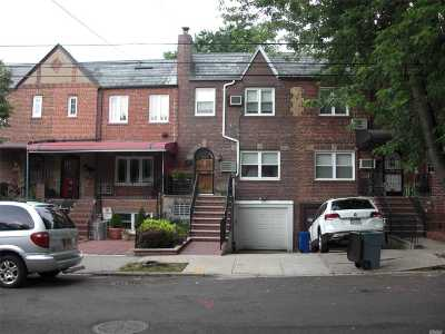 Maspeth Single Family Home For Sale: 53-144 63rd St