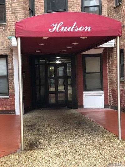 Brooklyn, Astoria, Bayside, Elmhurst, Flushing, Forest Hills, Fresh Meadows, Jackson Heights, Kew Gardens, Long Island City, Middle Village, Rego Park, Ridgewood, Sunnyside, Woodhaven, Woodside Co-op For Sale: 83-77 98th St