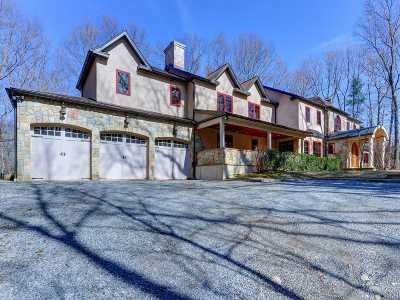 Oyster Bay Single Family Home For Sale: 28 Laurel Cove Rd