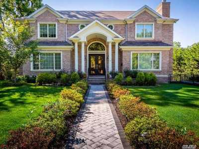 Great Neck NY Single Family Home For Sale: $3,200,000