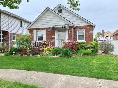 Flushing Single Family Home For Sale: 173-18 Effington Ave