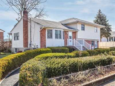 Plainview Single Family Home For Sale: 780 Plainview Rd