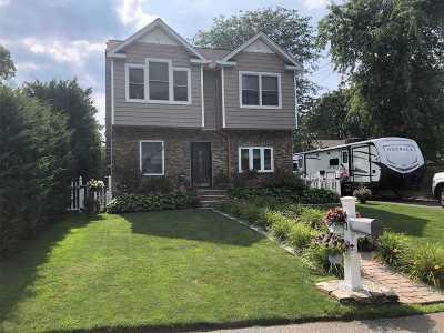 Lake Grove Single Family Home For Sale: 18 Bayard St