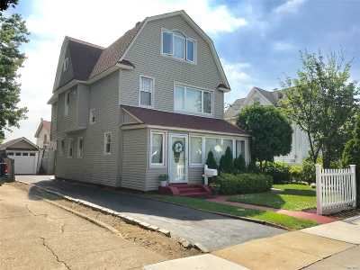 Lynbrook Multi Family Home For Sale: 32 Charles Street